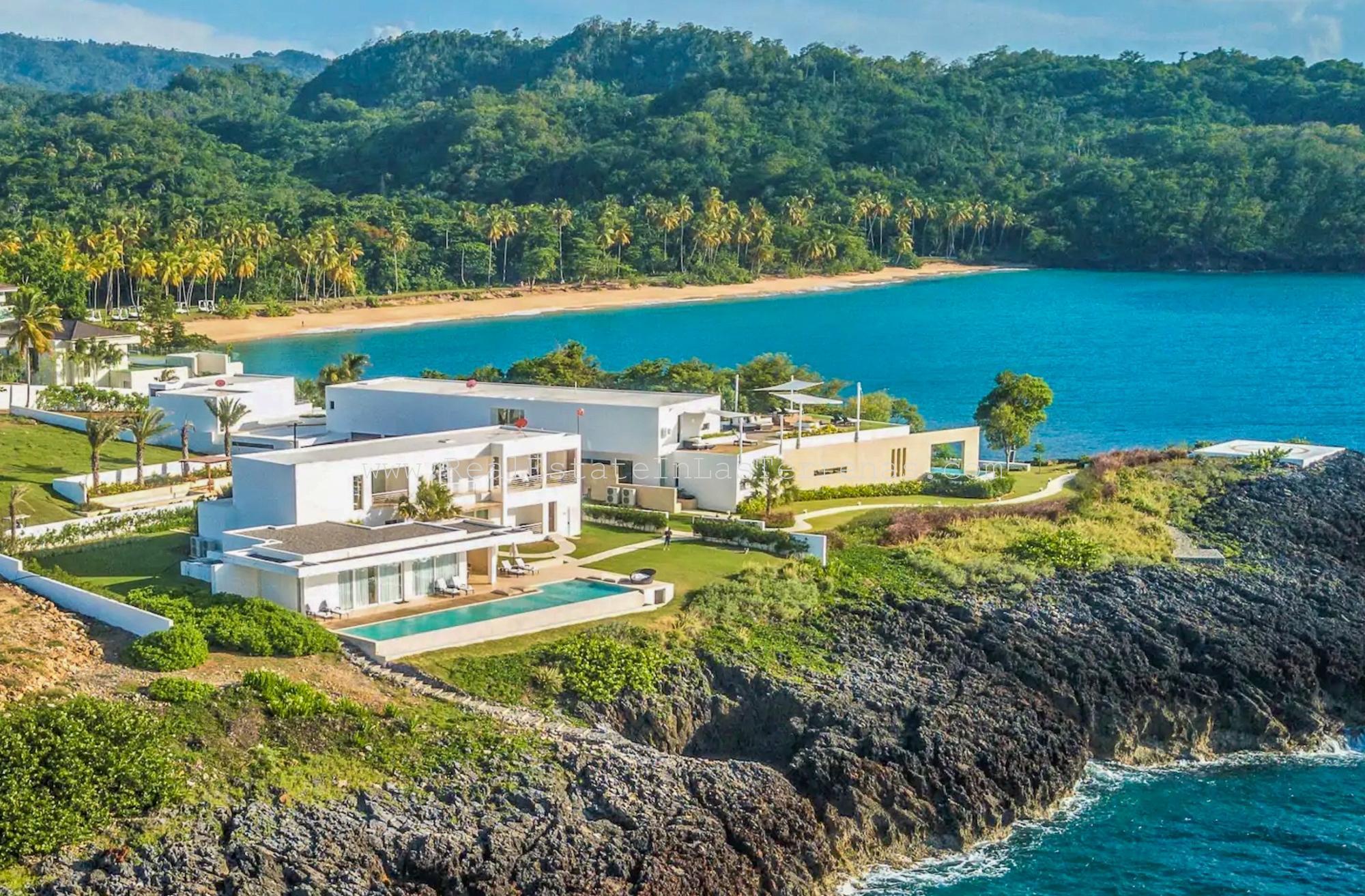 New Cliff Front Villa (LUXURY – HELI PAD))