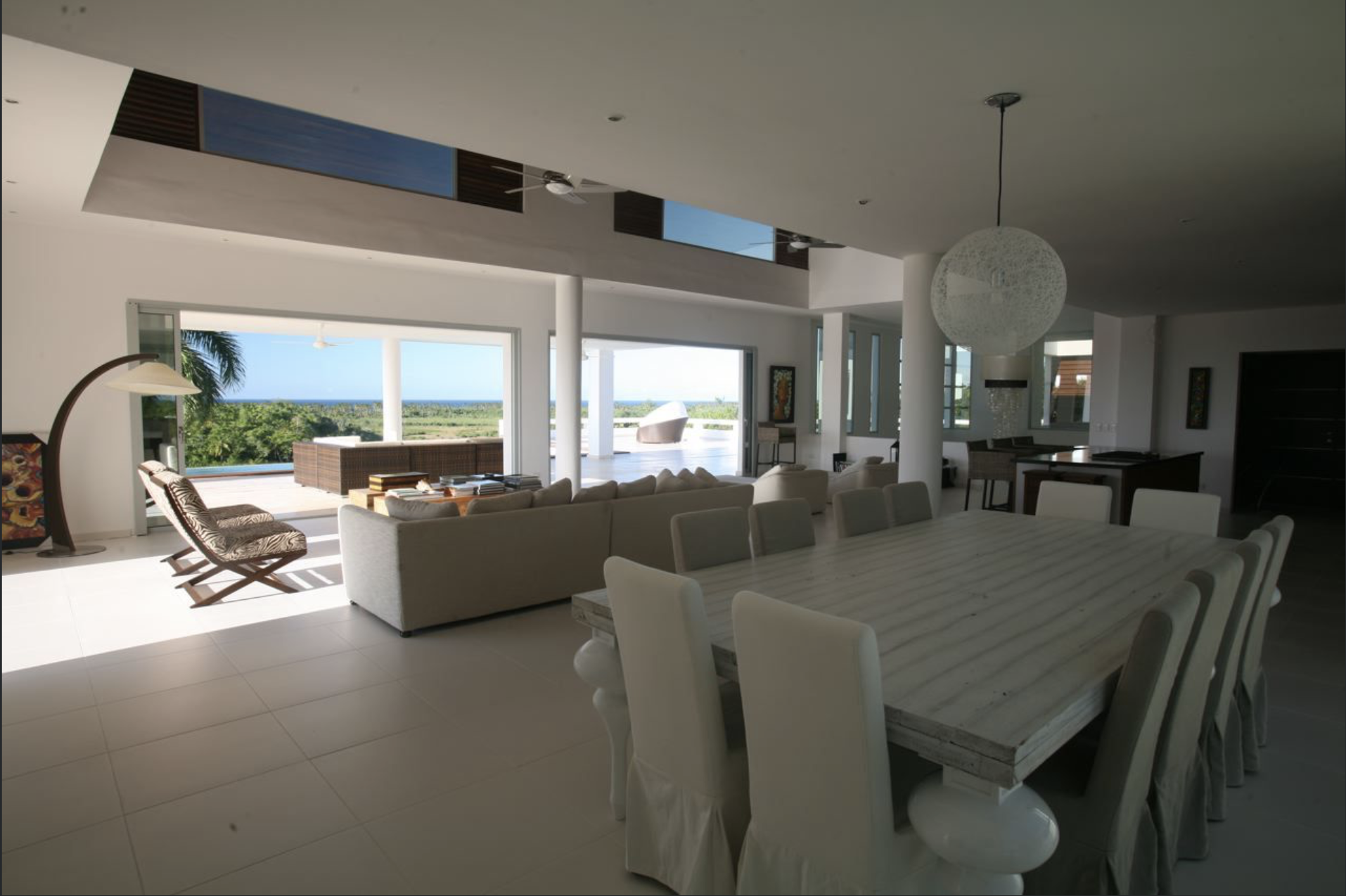 Luxury 6 bedroom villa. ( PAULINE )