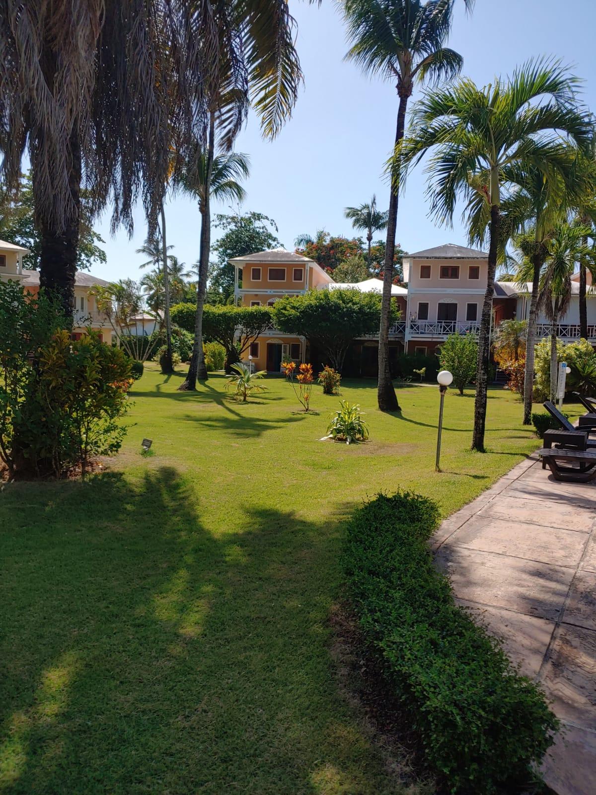 3 Bedroom Gem Steps from Playa Ballenas – Paraiso